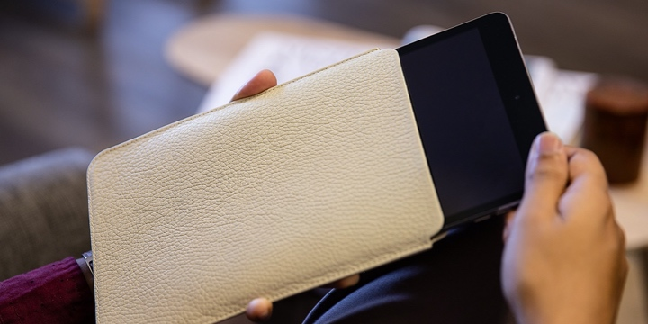 Funda protectora para iPad Mini - Blanco Crudo - Piel Grano
