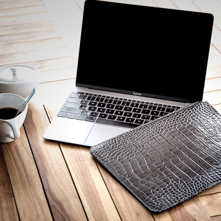 Funda para el MacBook - Naranja - Piel Grano